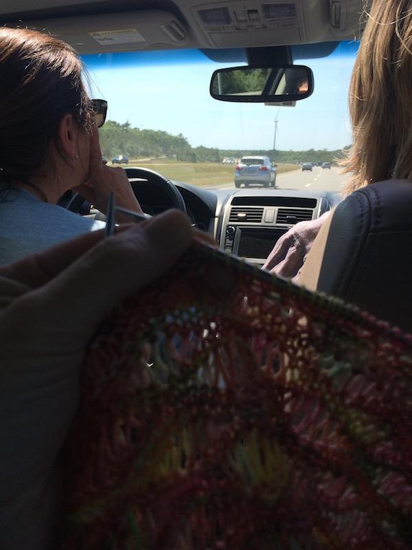 DropStitch_shawl_backseat