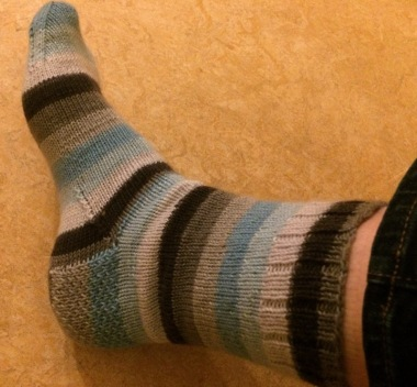 krd-striped-knit-sock