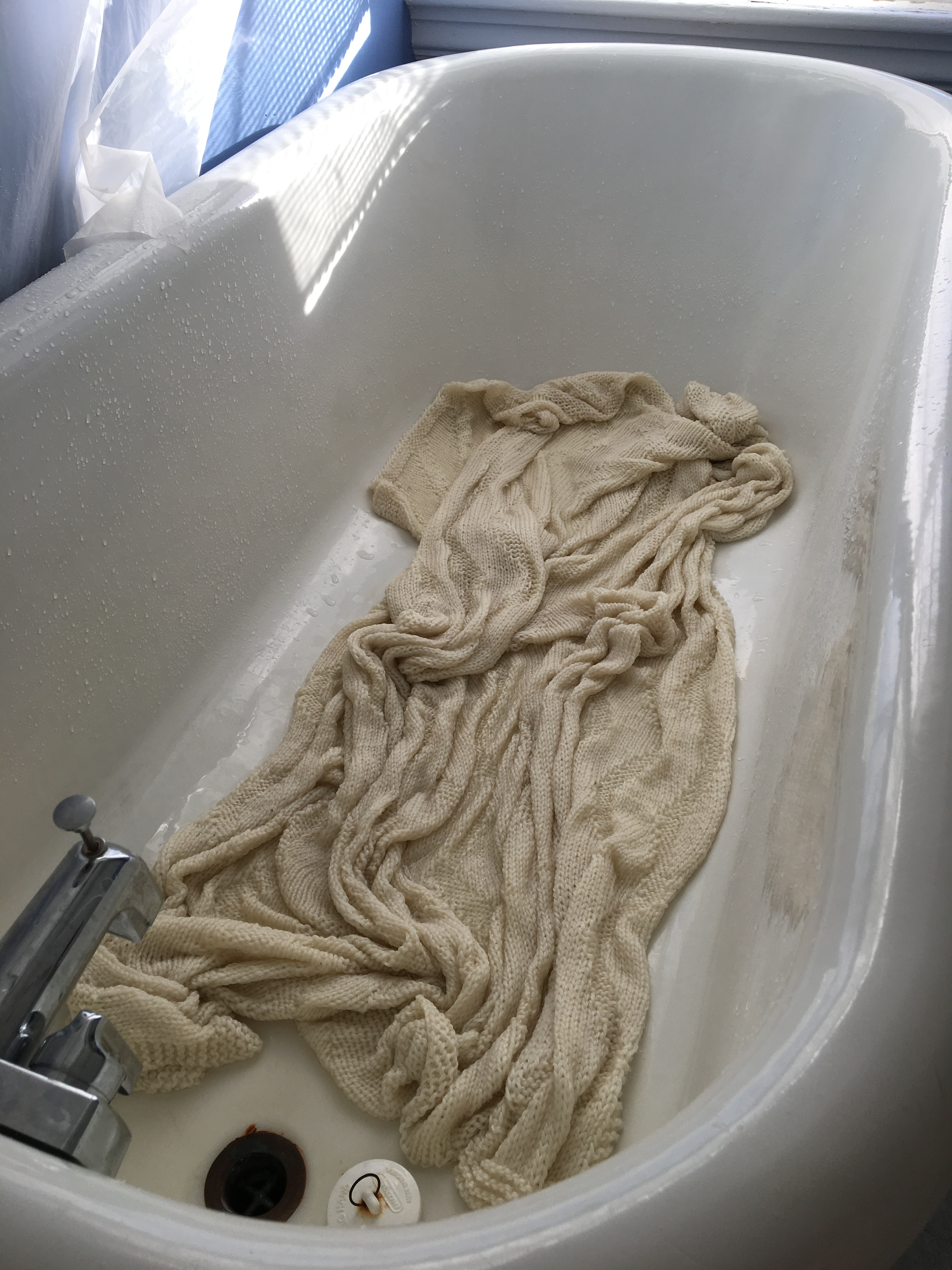 Siman-blanket-wet