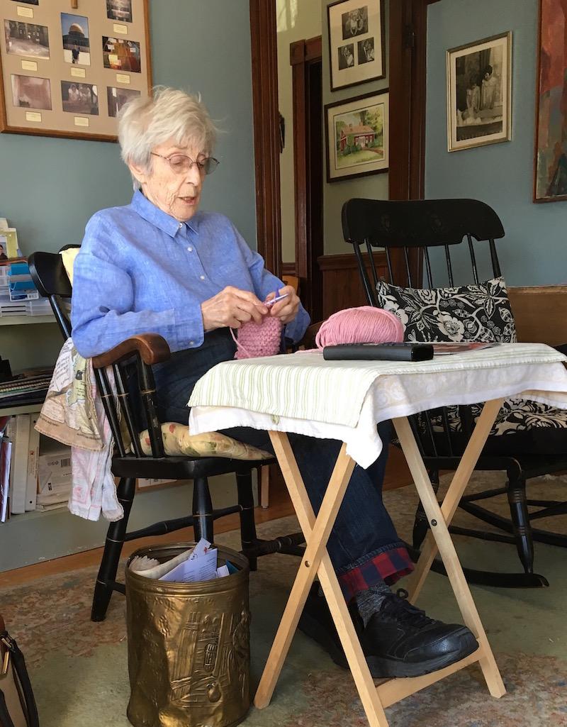 Mom-knitting
