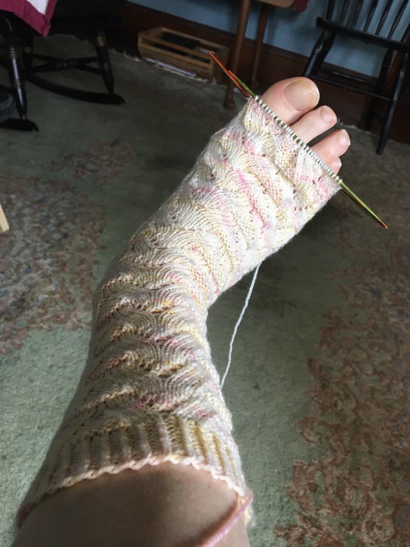 monkey-socks-toe