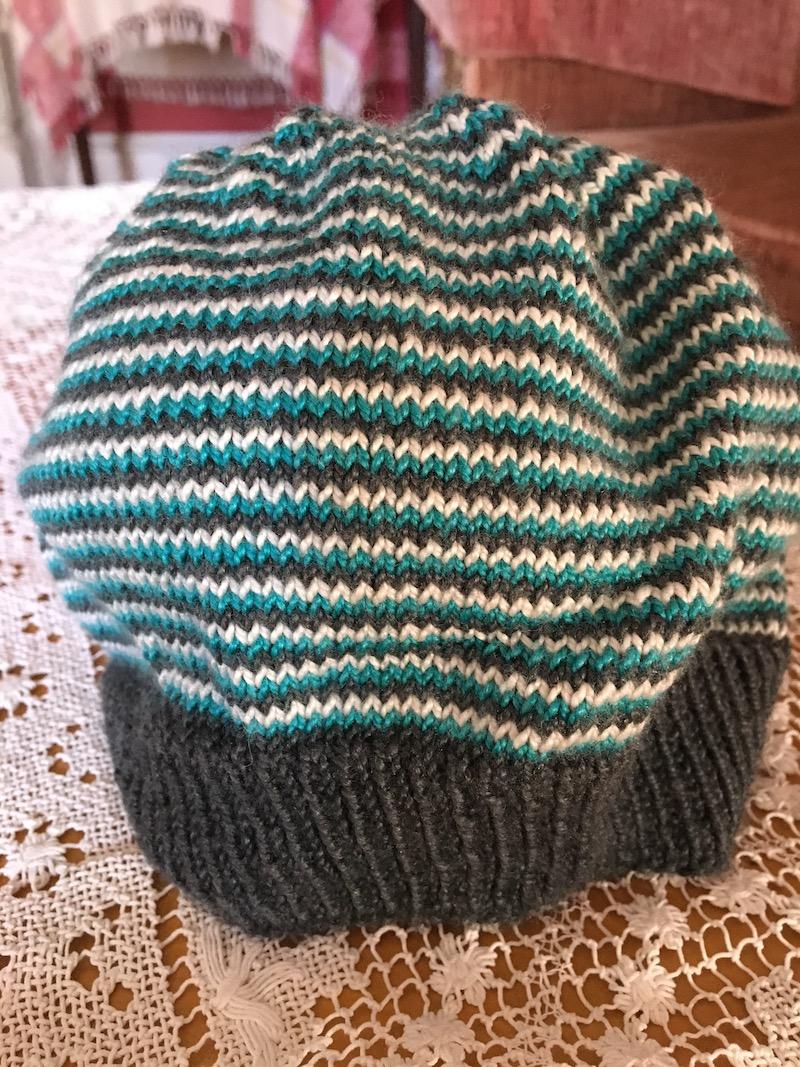 helix-stripe-hat